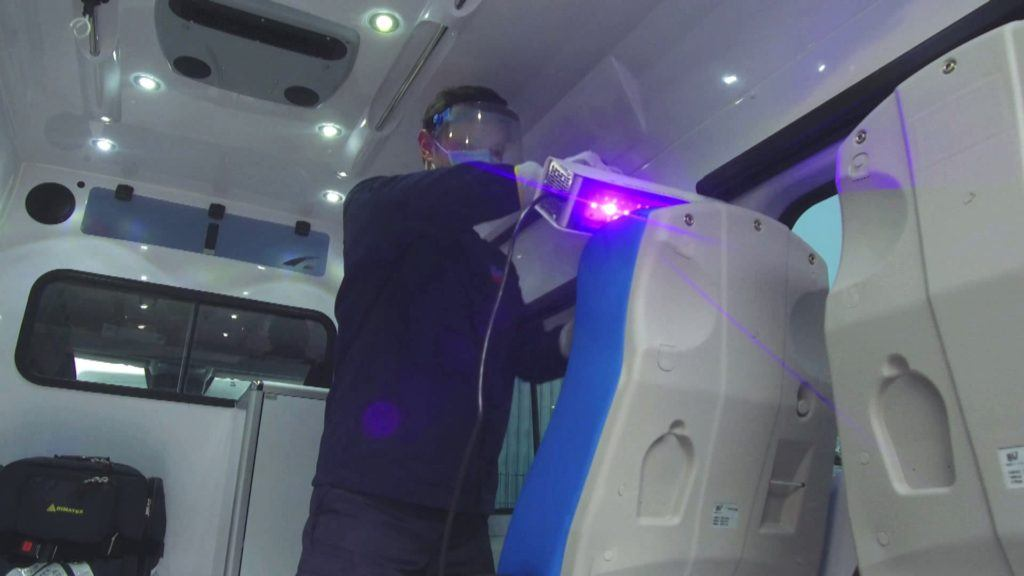 SterilUV Compact - UV disinfection of physiotherapist equipment.