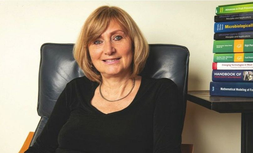 TATIANA KOUTCHMA partner consultant and scientific board of CONCEPT LIGHT